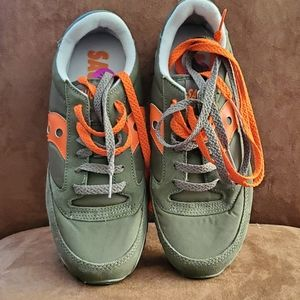 Saucony 8.5 Womens Sneakers